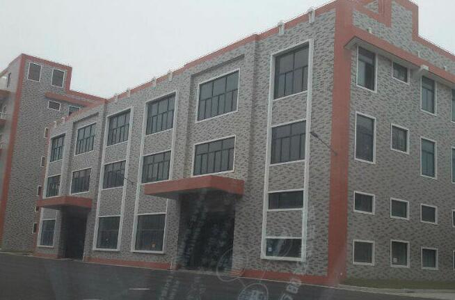 松江新桥新格路/卖新公路 23000平方厂房仓库出租  160起分 全新地坪漆