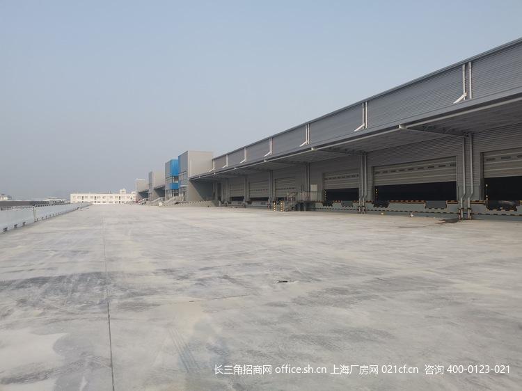 G2681  南京江宁滨江产业园 丙二类高标仓库出租 5.2万平方米 双层坡道库 带月台 可分割出租