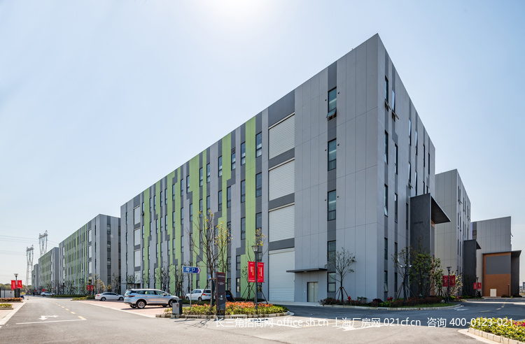G2686 上海松江国家级开发区高标准多层厂房可分割出租 600平起租 104地块 享政策 0.88元起 G60松江科创走廊核心