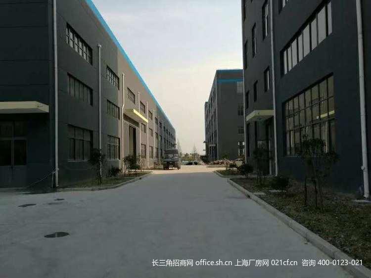 G2694 奉贤区庄行镇浦卫公路航南公路7200多层厂房可分割出租 0.65元起