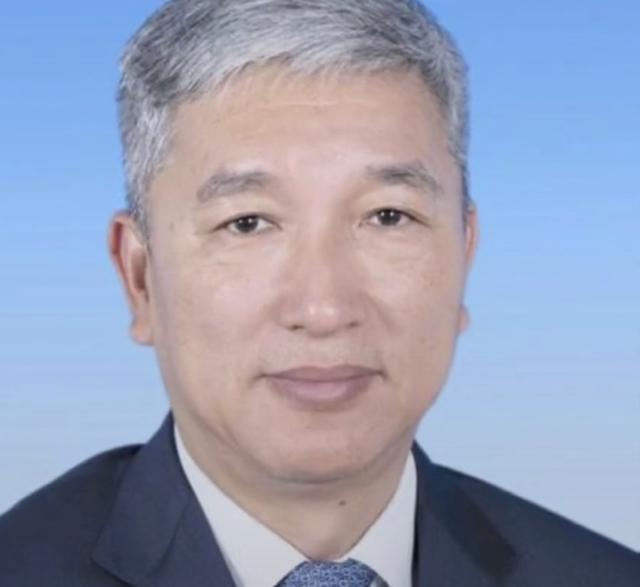 三亚反腐风暴继续海南三亚市一官员落马上任不过短短半年多的时间